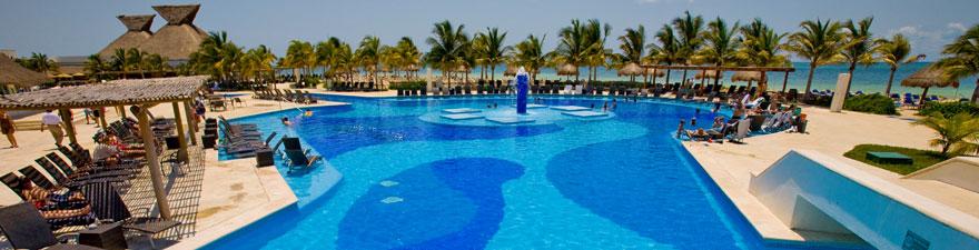1420563200-1-bluebay_grand_esmeralda_hotel_playa_del_carmen